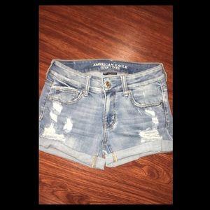 American Eagle size 4- Denimi blue jean shorts